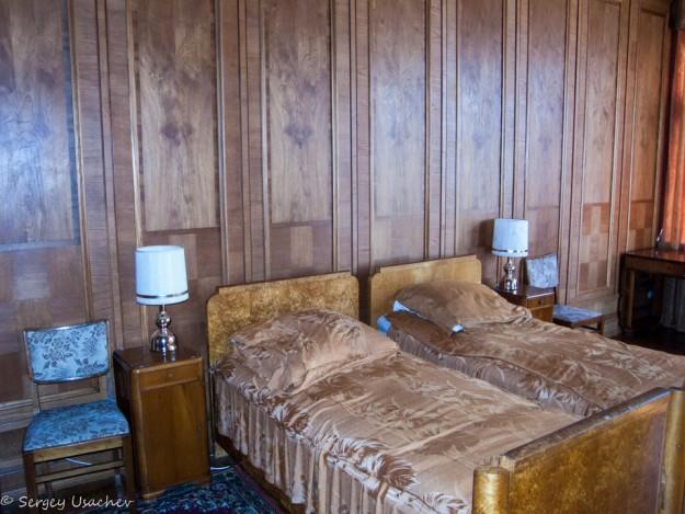 Спальня на даче И. В. Сталина