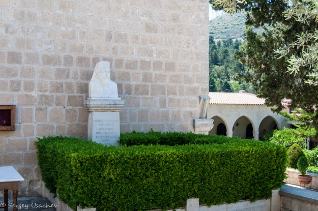 Бюст святого Неофита