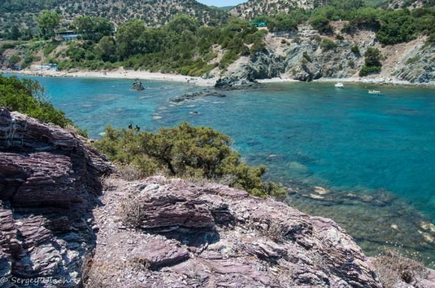 Вид со скалы-острова у купальни Афродиты