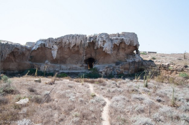 Катакомбы на территории Археологического парка Пафоса