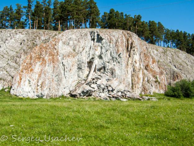 Взорванная пещера на Арском камне