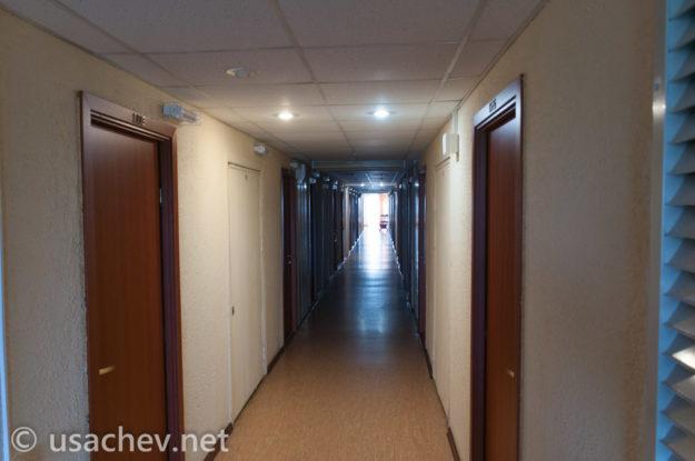 Внутри санатория. Коридор 10 этажа