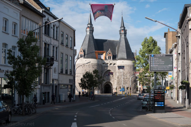 Брюссельские ворота (Brusselpoort)