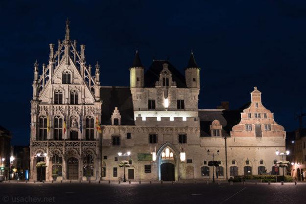 Городская ратуша Мехелена (Mechelen City Hall)
