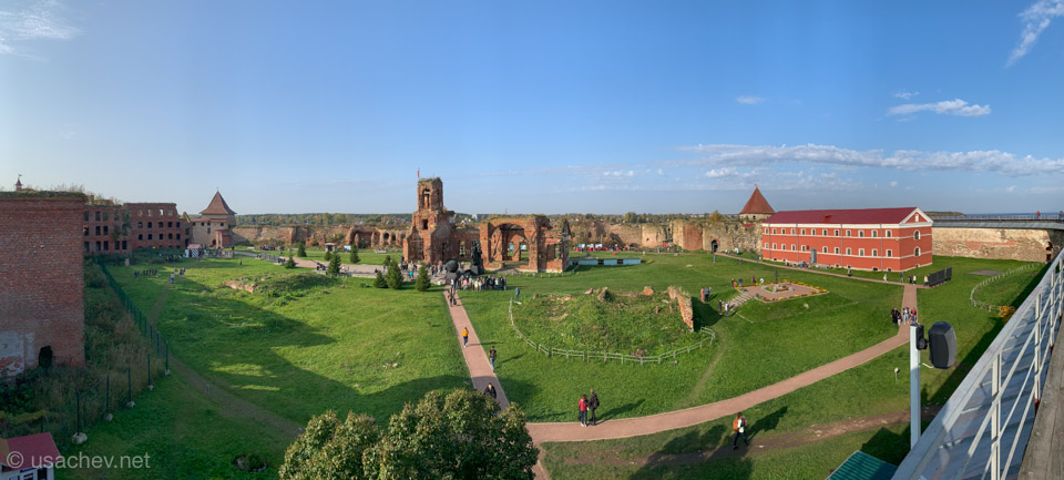 Панорама с крепостной стены крепости Орешек