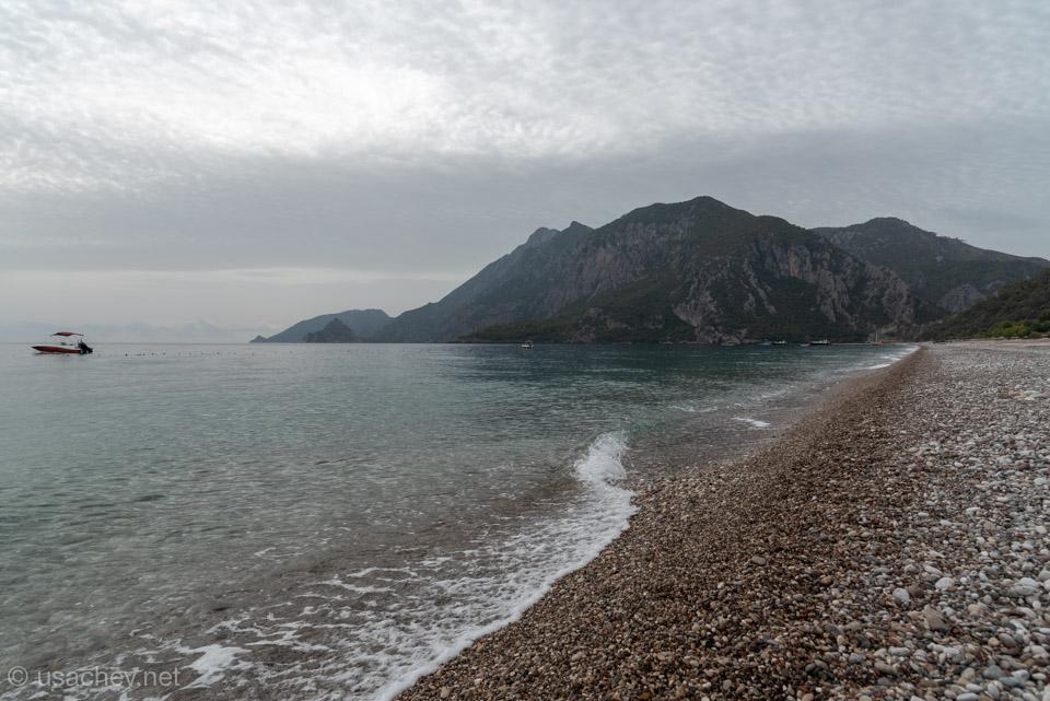 Пляж Чиралы перед штормом