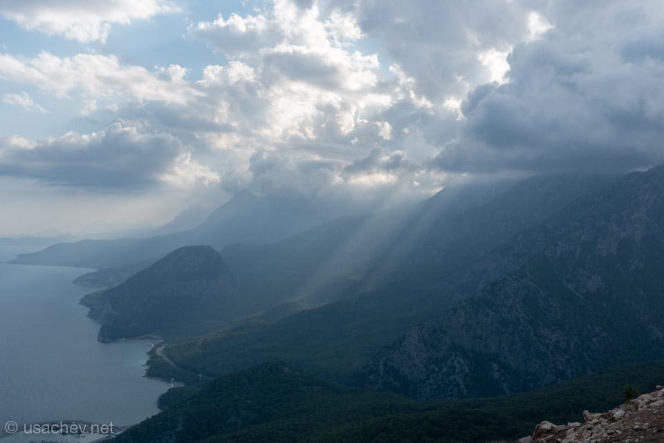 Вид с горы Тюнектепе