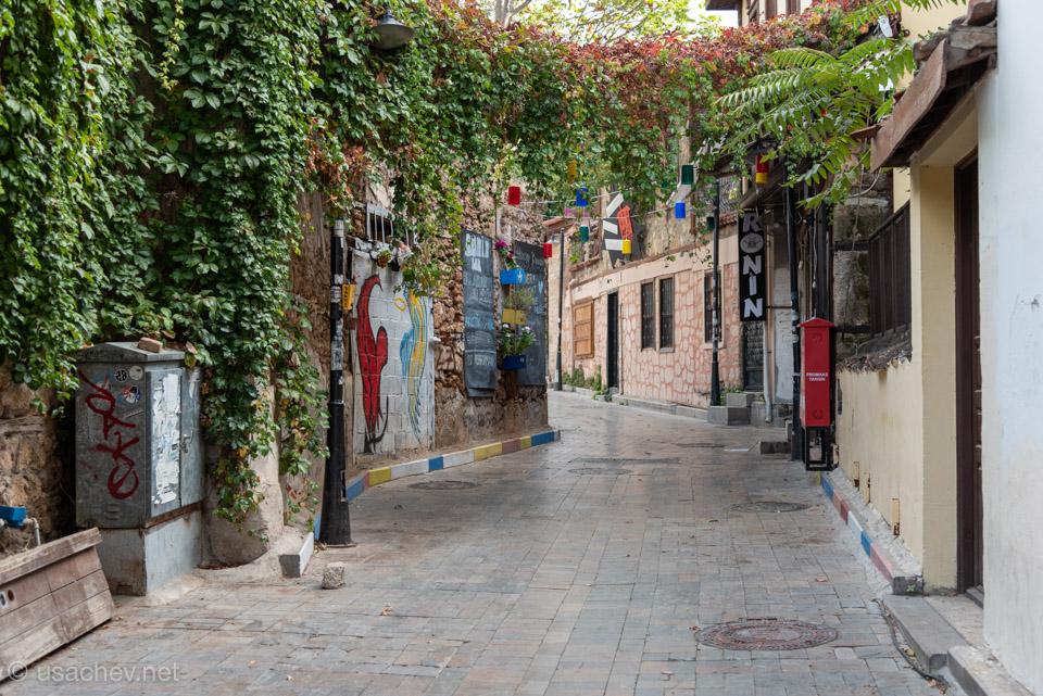 На улочках старого города Анталии
